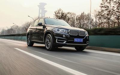 测试BMW X5 xDrive35i 稳中求进/细中见