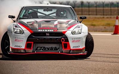 甩出金氏世界纪录Nissan GT-R Nismo Fastest Drift