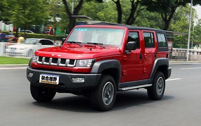 试驾北京BJ40L 更实用的越野硬汉SUV