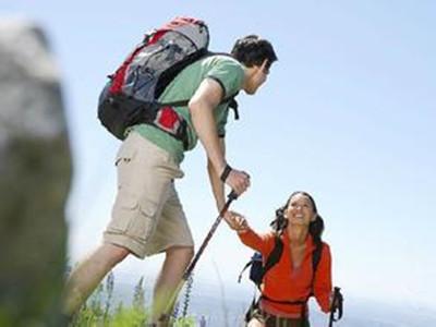 你不知道的理由:为什么登山杖不能拉人?