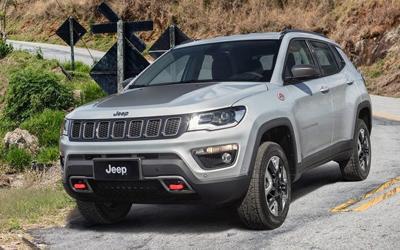 Jeep指南者增2.4L普通版 保留四驱配置