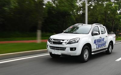 试驾2018款D-MAX 3.0T 轻松驾驭 硬派座驾