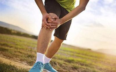 """膝盖已承受太多 如何在运动中给它""""减负"""""""