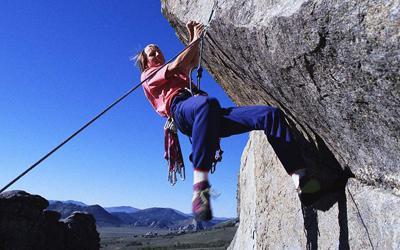 攀岩的基本技术—不同手法的正确运用