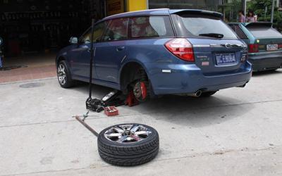 关键时刻靠得住 车主车内必备十件工具
