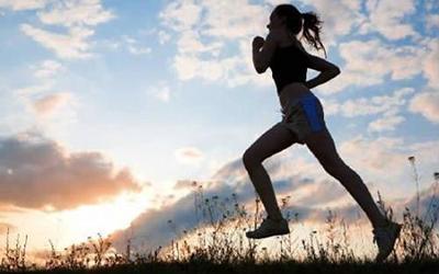 怎样解决跑马中的身体突发状况?