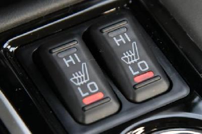 天冷不?#39029;?#38376;? ?#29281;?#21160;车冬季如何用车