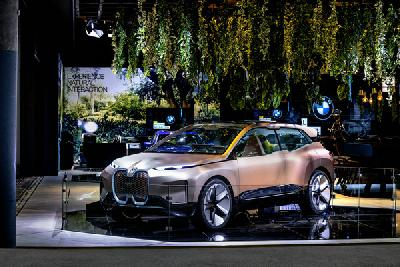 BMW自然交互系统首次亮相2019年世界移动通信大会