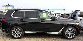 天津港平行進口車訊:美規寶馬X7