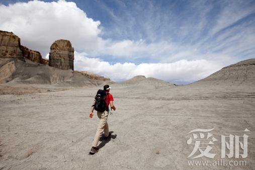 沙漠的穿越指南 逃离绝望酷热地狱