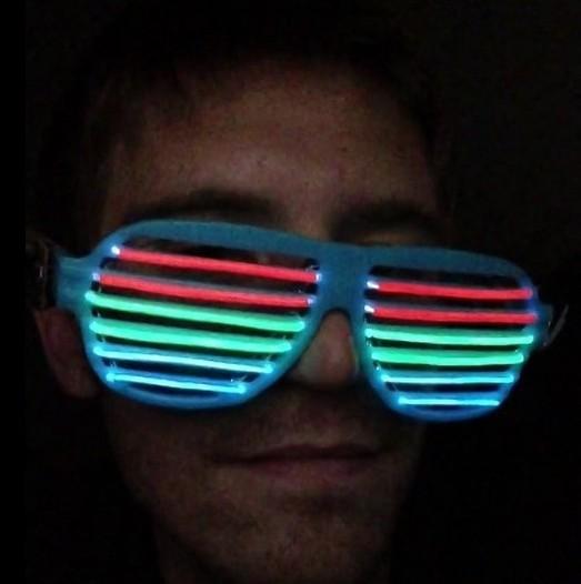 发光眼镜的控制电路图