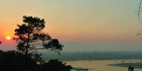 珠江三角洲 樵桑联围一边临江一边靠山